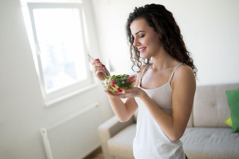 Combina ejercicios y un plan nutricional adecuado para ti.