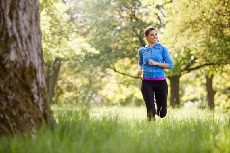 Comida saludable y ejercicio son las claves para mejorar tu estilo de vida