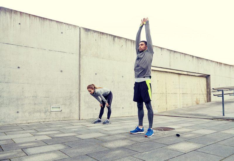 Los ejercicios de estirar evitaran lesiones durante y despues del ejercicio