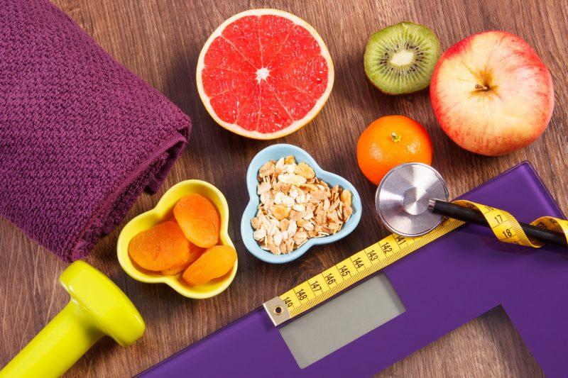 Combina ejercicios con una dieta balanceada