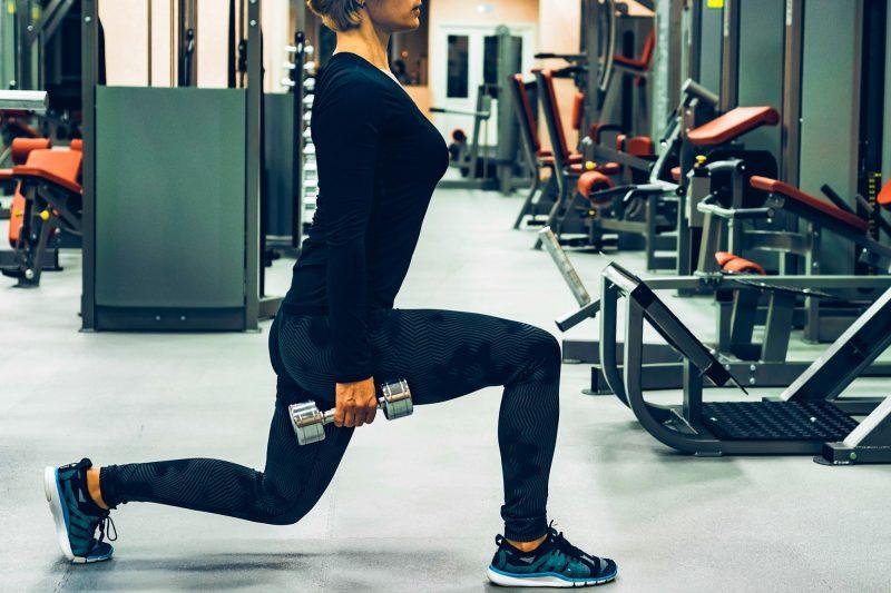 Las Zancadas son ideales para las piernas y glúteos.